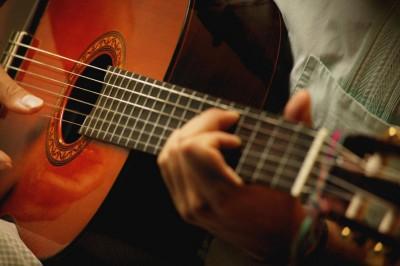 gitarist_6_klassika